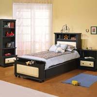 Изображение черной односпальной кровати