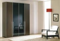 Изображение элегантного шкафа для одежды