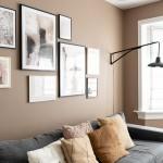 белые стены коричневые двери в интерьере