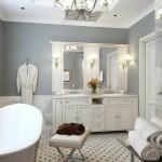 большаЯ ваннаЯ комната со стиральной машиной