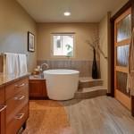 большие панели длЯ ванной комнаты
