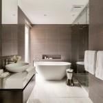 большие ванные комнаты с душевой кабиной