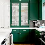 дизайн интерьера зеленой кухни фото