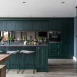 дизайн маленькой кухни зеленого цвета