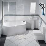 дизайн небольшой ванной комнаты угловой ванной