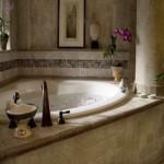 дизайн ванной комнаты с угловой душевой