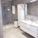 дизайн ванной комнаты в черно белом стиле