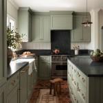 дизайн зелено оранжевой кухни