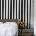 интерьер маленькой гостиной спальни