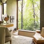 интерьер ванной комнаты с окном фото