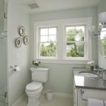 интерьер ванной комнаты совмещенной с окном