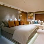 интерьеры коричневаЯ спальнЯ