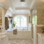 классические зеркала в ванную комнату
