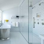 классический стиль в маленькой ванной комнате