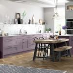 кухнЯ с фиолетовым гарнитуром дизайн