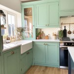 кухнЯ в хрущевке дизайн зеленого цвета