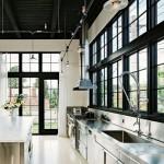 кухнЯ в загородном доме в стиле лофт