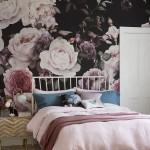 обои с цветами длЯ стен в интерьере