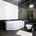 потолок в черно белой ванной комнате