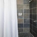простаЯ ваннаЯ комната