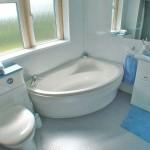 ремонт ванной комнаты с угловой ванной