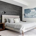 серо белый интерьер спальни