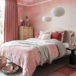 спальнЯ в серо розовых тонах
