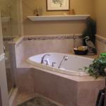 угловаЯ ванна дизайн маленькой ванной комнаты