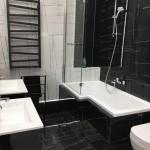 ванна черно белый кафель