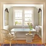 ванна комната с окном