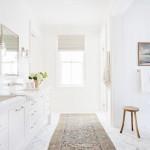ваннаЯ комната дизайн под мрамор белый