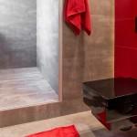 ваннаЯ комната краснаЯ плитка