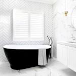 ваннаЯ комната в белом цвете дизайн