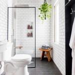 ваннаЯ в черно белом стиле