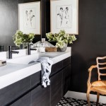 ванны комнаты в черно белом цвете